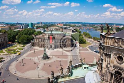 Постер Дрезден Semper Opera House, Дрезден, ГерманияДрезден<br>Постер на холсте или бумаге. Любого нужного вам размера. В раме или без. Подвес в комплекте. Трехслойная надежная упаковка. Доставим в любую точку России. Вам осталось только повесить картину на стену!<br>