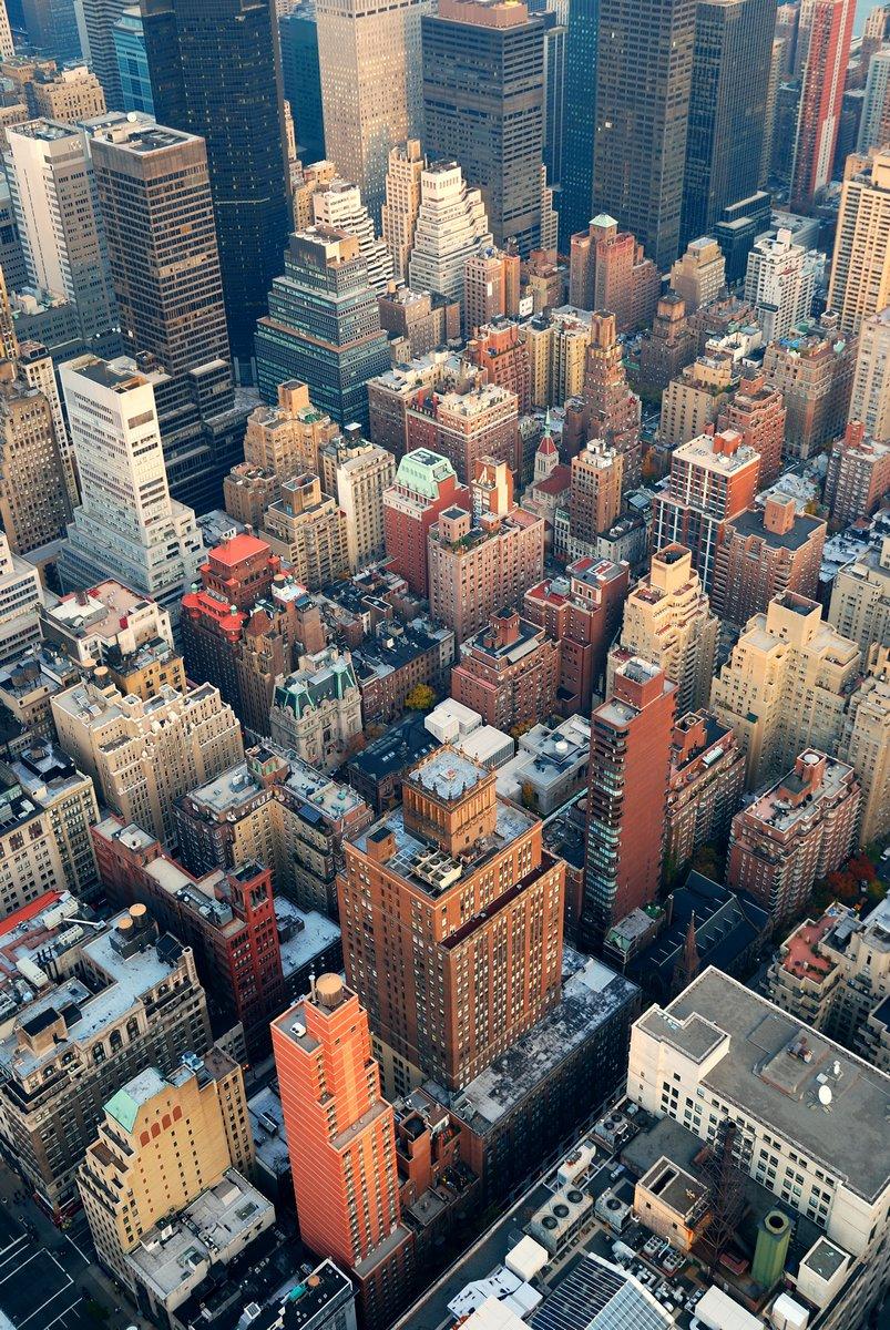 Постер Небоскребы Нью-Йорк Манхэттен вид с воздуха, 20x30 см, на бумагеНебоскребы<br>Постер на холсте или бумаге. Любого нужного вам размера. В раме или без. Подвес в комплекте. Трехслойная надежная упаковка. Доставим в любую точку России. Вам осталось только повесить картину на стену!<br>
