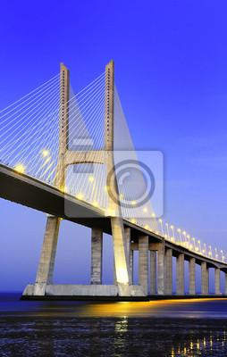 Постер Лиссабон Мост Васко да Гама, Лиссабон, ПортугалияЛиссабон<br>Постер на холсте или бумаге. Любого нужного вам размера. В раме или без. Подвес в комплекте. Трехслойная надежная упаковка. Доставим в любую точку России. Вам осталось только повесить картину на стену!<br>
