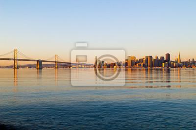 Постер Сан-Франциско Сан-Франциско, на восходе солнцаСан-Франциско<br>Постер на холсте или бумаге. Любого нужного вам размера. В раме или без. Подвес в комплекте. Трехслойная надежная упаковка. Доставим в любую точку России. Вам осталось только повесить картину на стену!<br>