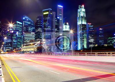 Постер Сингапур Сингапур в ночь с движенияСингапур<br>Постер на холсте или бумаге. Любого нужного вам размера. В раме или без. Подвес в комплекте. Трехслойная надежная упаковка. Доставим в любую точку России. Вам осталось только повесить картину на стену!<br>