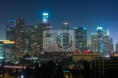 Постер Лос-Анджелес Лос-Анджелес небоскребы в ночиЛос-Анджелес<br>Постер на холсте или бумаге. Любого нужного вам размера. В раме или без. Подвес в комплекте. Трехслойная надежная упаковка. Доставим в любую точку России. Вам осталось только повесить картину на стену!<br>