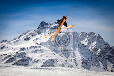 Фристайл, лыжи, 30x20 см, на бумагеГорные лыжи<br>Постер на холсте или бумаге. Любого нужного вам размера. В раме или без. Подвес в комплекте. Трехслойная надежная упаковка. Доставим в любую точку России. Вам осталось только повесить картину на стену!<br>