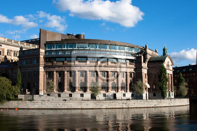 Постер Стокгольм Riksdagen (шведского парламента) в Стокгольме.Стокгольм<br>Постер на холсте или бумаге. Любого нужного вам размера. В раме или без. Подвес в комплекте. Трехслойная надежная упаковка. Доставим в любую точку России. Вам осталось только повесить картину на стену!<br>