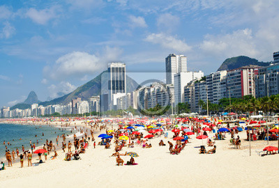 Постер Бразилия Пляж лем и Копакабана в Рио-де-ЖанейроБразилия<br>Постер на холсте или бумаге. Любого нужного вам размера. В раме или без. Подвес в комплекте. Трехслойная надежная упаковка. Доставим в любую точку России. Вам осталось только повесить картину на стену!<br>