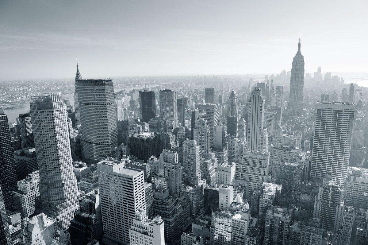 Постер Нью-Йорк Нью-Йорка черный и белыйНью-Йорк<br>Постер на холсте или бумаге. Любого нужного вам размера. В раме или без. Подвес в комплекте. Трехслойная надежная упаковка. Доставим в любую точку России. Вам осталось только повесить картину на стену!<br>