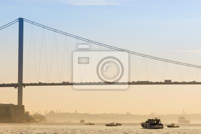 Постер Стамбул Босфорский Мост, Стамбул, Турция, 30x20 см, на бумагеСтамбул<br>Постер на холсте или бумаге. Любого нужного вам размера. В раме или без. Подвес в комплекте. Трехслойная надежная упаковка. Доставим в любую точку России. Вам осталось только повесить картину на стену!<br>