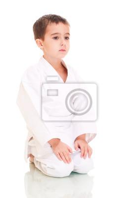 Каратэ сидит мальчик в белых кимоно, 20x28 см, на бумагеКаратэ<br>Постер на холсте или бумаге. Любого нужного вам размера. В раме или без. Подвес в комплекте. Трехслойная надежная упаковка. Доставим в любую точку России. Вам осталось только повесить картину на стену!<br>
