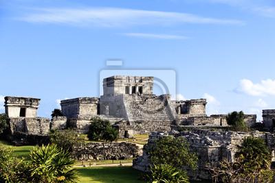 Постер Мехико Известные археологические руины Тулум в МексикеМехико<br>Постер на холсте или бумаге. Любого нужного вам размера. В раме или без. Подвес в комплекте. Трехслойная надежная упаковка. Доставим в любую точку России. Вам осталось только повесить картину на стену!<br>
