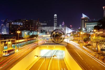 Постер Гонконг Современный город трафика в ночное времяГонконг<br>Постер на холсте или бумаге. Любого нужного вам размера. В раме или без. Подвес в комплекте. Трехслойная надежная упаковка. Доставим в любую точку России. Вам осталось только повесить картину на стену!<br>