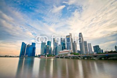 Постер Сингапур Центрального Делового Района Сингапура, 30x20 см, на бумагеСингапур<br>Постер на холсте или бумаге. Любого нужного вам размера. В раме или без. Подвес в комплекте. Трехслойная надежная упаковка. Доставим в любую точку России. Вам осталось только повесить картину на стену!<br>