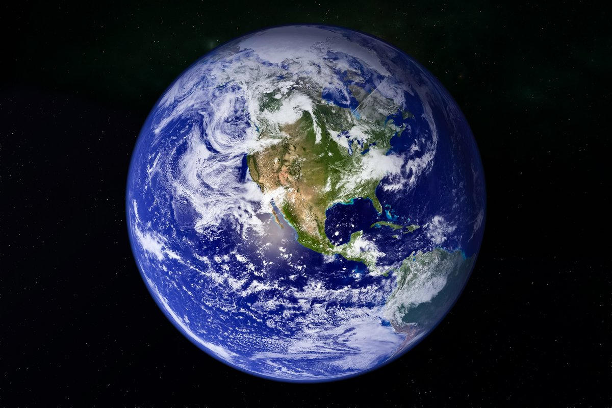 Постер Космос - разные постеры Планета Земля в виртуальном пространствеКосмос - разные постеры<br>Постер на холсте или бумаге. Любого нужного вам размера. В раме или без. Подвес в комплекте. Трехслойная надежная упаковка. Доставим в любую точку России. Вам осталось только повесить картину на стену!<br>