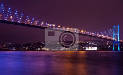 Постер Стамбул Босфорский Мост на ночь, 6Стамбул<br>Постер на холсте или бумаге. Любого нужного вам размера. В раме или без. Подвес в комплекте. Трехслойная надежная упаковка. Доставим в любую точку России. Вам осталось только повесить картину на стену!<br>