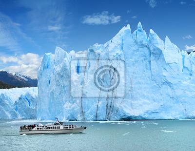 Постер Аргентина Glaciar Perito Moreno Патагонии, АргентинаАргентина<br>Постер на холсте или бумаге. Любого нужного вам размера. В раме или без. Подвес в комплекте. Трехслойная надежная упаковка. Доставим в любую точку России. Вам осталось только повесить картину на стену!<br>