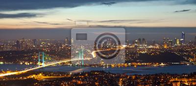Постер Стамбул Босфорский Мост в ночь на 8Стамбул<br>Постер на холсте или бумаге. Любого нужного вам размера. В раме или без. Подвес в комплекте. Трехслойная надежная упаковка. Доставим в любую точку России. Вам осталось только повесить картину на стену!<br>