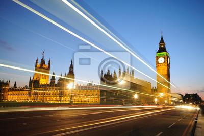 Постер Лондон Красивый город ЛондонЛондон<br>Постер на холсте или бумаге. Любого нужного вам размера. В раме или без. Подвес в комплекте. Трехслойная надежная упаковка. Доставим в любую точку России. Вам осталось только повесить картину на стену!<br>