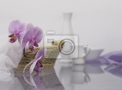 Постер Орхидеи Утро с орхидеейОрхидеи<br>Постер на холсте или бумаге. Любого нужного вам размера. В раме или без. Подвес в комплекте. Трехслойная надежная упаковка. Доставим в любую точку России. Вам осталось только повесить картину на стену!<br>