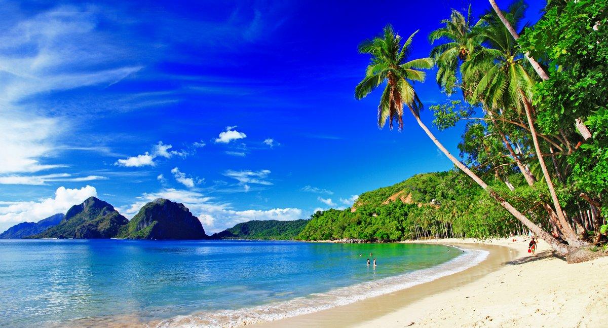 Постер Пейзаж морской Панорамный красивый пляж пейзаж - Эль-Нидо,ПалаванПейзаж морской<br>Постер на холсте или бумаге. Любого нужного вам размера. В раме или без. Подвес в комплекте. Трехслойная надежная упаковка. Доставим в любую точку России. Вам осталось только повесить картину на стену!<br>