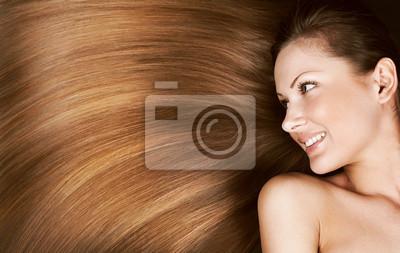 Женщина с длинными здоровых волос, 32x20 см, на бумагеСалон красоты<br>Постер на холсте или бумаге. Любого нужного вам размера. В раме или без. Подвес в комплекте. Трехслойная надежная упаковка. Доставим в любую точку России. Вам осталось только повесить картину на стену!<br>