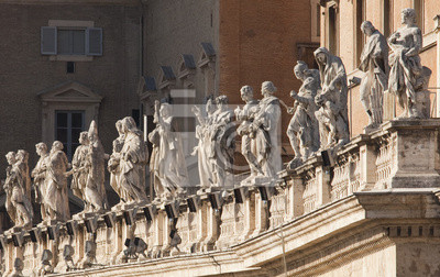 Постер Ватикан Скульптуры, Санкт-Питерс, РимВатикан<br>Постер на холсте или бумаге. Любого нужного вам размера. В раме или без. Подвес в комплекте. Трехслойная надежная упаковка. Доставим в любую точку России. Вам осталось только повесить картину на стену!<br>