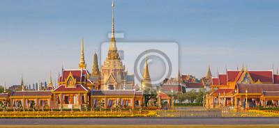 Постер Бангкок Thai royal похороны и ХрамБангкок<br>Постер на холсте или бумаге. Любого нужного вам размера. В раме или без. Подвес в комплекте. Трехслойная надежная упаковка. Доставим в любую точку России. Вам осталось только повесить картину на стену!<br>