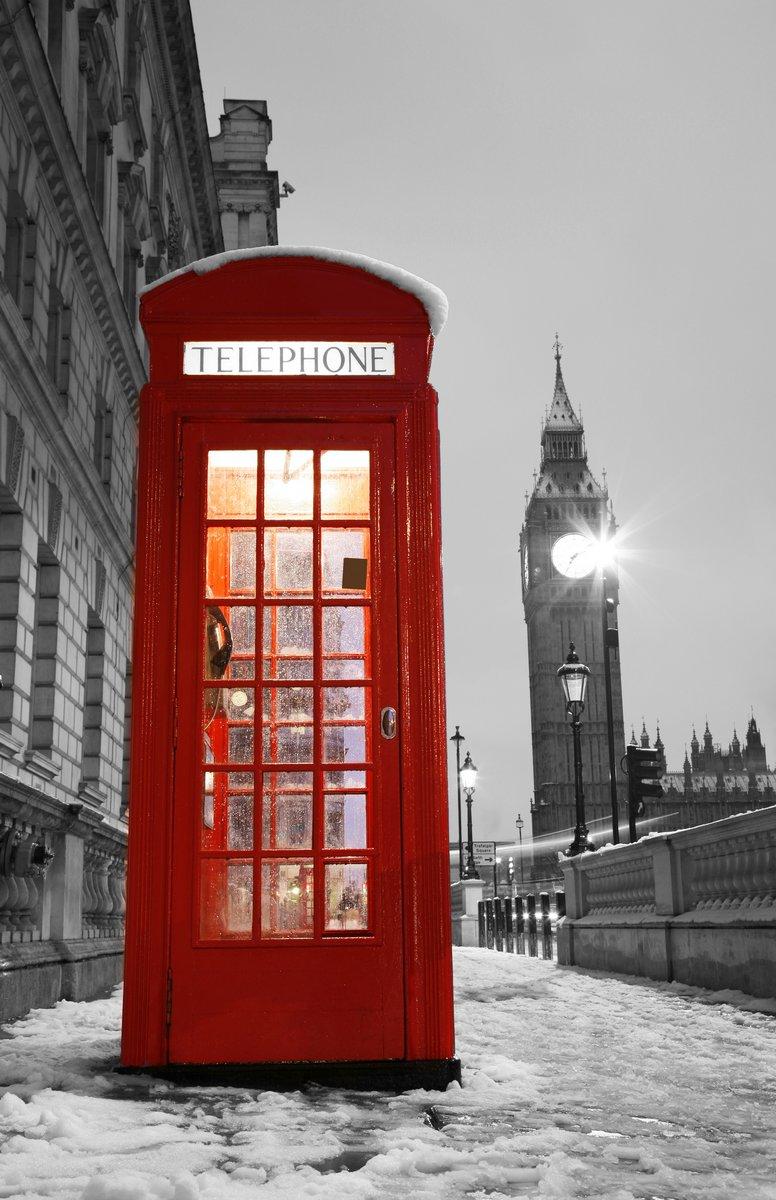 Постер Лондон Телефонная Будка и Биг БенЛондон<br>Постер на холсте или бумаге. Любого нужного вам размера. В раме или без. Подвес в комплекте. Трехслойная надежная упаковка. Доставим в любую точку России. Вам осталось только повесить картину на стену!<br>