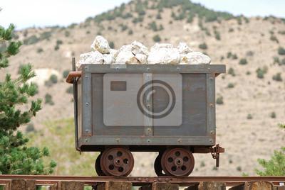 Старая шахта тележки и моста в рудном районе, 30x20 см, на бумаге08.25 День шахтёра<br>Постер на холсте или бумаге. Любого нужного вам размера. В раме или без. Подвес в комплекте. Трехслойная надежная упаковка. Доставим в любую точку России. Вам осталось только повесить картину на стену!<br>
