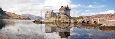 Постер Шотландия Eilean Donan Castle Шотландии ПанорамаШотландия<br>Постер на холсте или бумаге. Любого нужного вам размера. В раме или без. Подвес в комплекте. Трехслойная надежная упаковка. Доставим в любую точку России. Вам осталось только повесить картину на стену!<br>