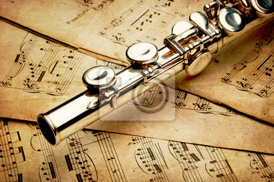 Постер Музыка Серебряной флейте на древний музыкальный фонМузыка<br>Постер на холсте или бумаге. Любого нужного вам размера. В раме или без. Подвес в комплекте. Трехслойная надежная упаковка. Доставим в любую точку России. Вам осталось только повесить картину на стену!<br>