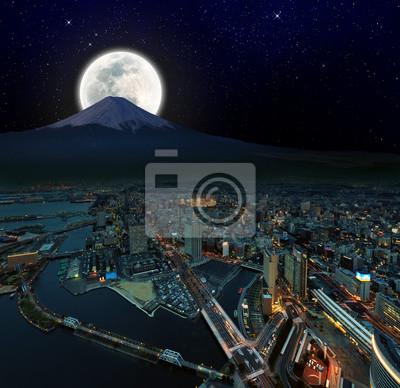 Постер Токио Сюрреалистический вид ночного города Йокогама , Япония, ретуширование изображенияТокио<br>Постер на холсте или бумаге. Любого нужного вам размера. В раме или без. Подвес в комплекте. Трехслойная надежная упаковка. Доставим в любую точку России. Вам осталось только повесить картину на стену!<br>