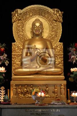 Постер Непал Будда-СтатуяНепал<br>Постер на холсте или бумаге. Любого нужного вам размера. В раме или без. Подвес в комплекте. Трехслойная надежная упаковка. Доставим в любую точку России. Вам осталось только повесить картину на стену!<br>