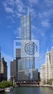 Постер Чикаго Река Чикаго и skylineЧикаго<br>Постер на холсте или бумаге. Любого нужного вам размера. В раме или без. Подвес в комплекте. Трехслойная надежная упаковка. Доставим в любую точку России. Вам осталось только повесить картину на стену!<br>