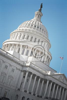 Постер Вашингтон Капитолий СШАВашингтон<br>Постер на холсте или бумаге. Любого нужного вам размера. В раме или без. Подвес в комплекте. Трехслойная надежная упаковка. Доставим в любую точку России. Вам осталось только повесить картину на стену!<br>
