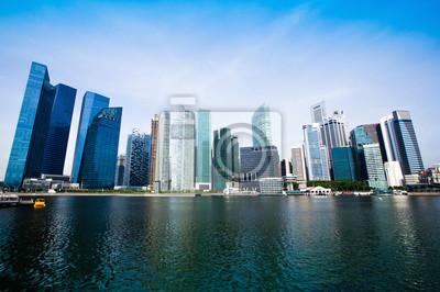 Постер Сингапур Современные небоскребы в деловом районе Сингапура.Сингапур<br>Постер на холсте или бумаге. Любого нужного вам размера. В раме или без. Подвес в комплекте. Трехслойная надежная упаковка. Доставим в любую точку России. Вам осталось только повесить картину на стену!<br>