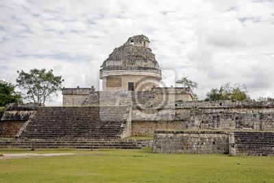 Постер Мехико Астрономическая обсерватория в chichenitza из руин Майя в МексикеМехико<br>Постер на холсте или бумаге. Любого нужного вам размера. В раме или без. Подвес в комплекте. Трехслойная надежная упаковка. Доставим в любую точку России. Вам осталось только повесить картину на стену!<br>