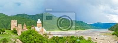 Постер Грузия Панорама Замок с церковью,Тбилиси, ГрузияГрузия<br>Постер на холсте или бумаге. Любого нужного вам размера. В раме или без. Подвес в комплекте. Трехслойная надежная упаковка. Доставим в любую точку России. Вам осталось только повесить картину на стену!<br>
