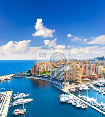 Панорамный вид Марина с красивое голубое небо, 20x22 см, на бумагеФранция<br>Постер на холсте или бумаге. Любого нужного вам размера. В раме или без. Подвес в комплекте. Трехслойная надежная упаковка. Доставим в любую точку России. Вам осталось только повесить картину на стену!<br>