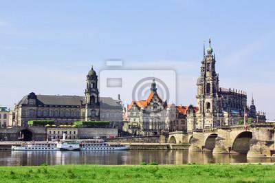 Постер Дрезден Старый город Дрезден,Саксония,ГерманияДрезден<br>Постер на холсте или бумаге. Любого нужного вам размера. В раме или без. Подвес в комплекте. Трехслойная надежная упаковка. Доставим в любую точку России. Вам осталось только повесить картину на стену!<br>
