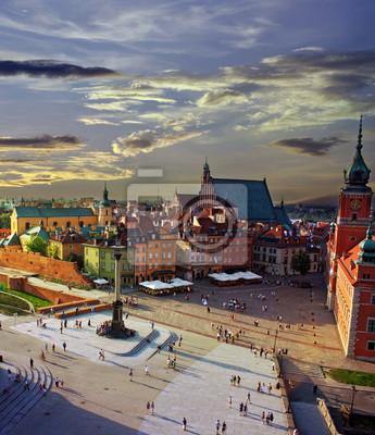 Постер Польша Варшава замковой площади и закатПольша<br>Постер на холсте или бумаге. Любого нужного вам размера. В раме или без. Подвес в комплекте. Трехслойная надежная упаковка. Доставим в любую точку России. Вам осталось только повесить картину на стену!<br>