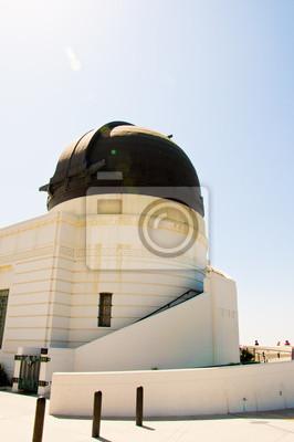 Постер Лос-Анджелес Обсерватория в Беверли-ХиллЛос-Анджелес<br>Постер на холсте или бумаге. Любого нужного вам размера. В раме или без. Подвес в комплекте. Трехслойная надежная упаковка. Доставим в любую точку России. Вам осталось только повесить картину на стену!<br>