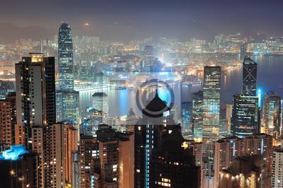 Постер Гонконг Гонконг ночью, 30x20 см, на бумагеГонконг<br>Постер на холсте или бумаге. Любого нужного вам размера. В раме или без. Подвес в комплекте. Трехслойная надежная упаковка. Доставим в любую точку России. Вам осталось только повесить картину на стену!<br>