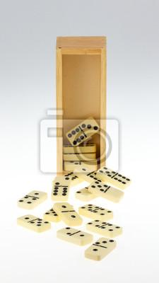 Постер Спорт Domino в деревянный ящик, 20x36 см, на бумагеДомино<br>Постер на холсте или бумаге. Любого нужного вам размера. В раме или без. Подвес в комплекте. Трехслойная надежная упаковка. Доставим в любую точку России. Вам осталось только повесить картину на стену!<br>