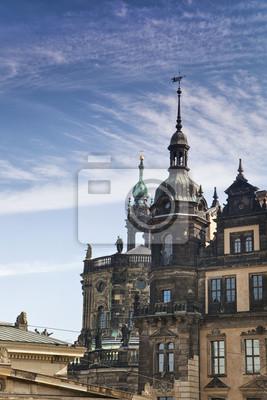Постер Дрезден Дрезден-Old TownДрезден<br>Постер на холсте или бумаге. Любого нужного вам размера. В раме или без. Подвес в комплекте. Трехслойная надежная упаковка. Доставим в любую точку России. Вам осталось только повесить картину на стену!<br>