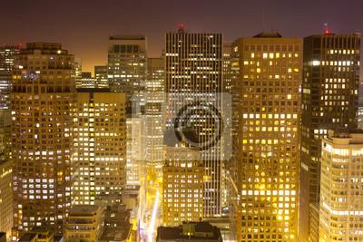 Постер Города и карты Антенна Сан-Франциско ночью, 30x20 см, на бумагеСан-Франциско<br>Постер на холсте или бумаге. Любого нужного вам размера. В раме или без. Подвес в комплекте. Трехслойная надежная упаковка. Доставим в любую точку России. Вам осталось только повесить картину на стену!<br>