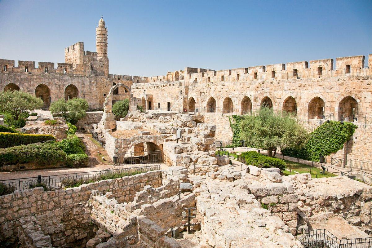Постер Страны Башня Давида в Иерусалиме, Израиль, 30x20 см, на бумагеИзраиль<br>Постер на холсте или бумаге. Любого нужного вам размера. В раме или без. Подвес в комплекте. Трехслойная надежная упаковка. Доставим в любую точку России. Вам осталось только повесить картину на стену!<br>