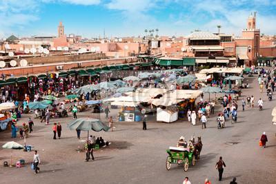 Постер Марокко Площадь джема-Эль-Фна - сквер в МарракешеМарокко<br>Постер на холсте или бумаге. Любого нужного вам размера. В раме или без. Подвес в комплекте. Трехслойная надежная упаковка. Доставим в любую точку России. Вам осталось только повесить картину на стену!<br>