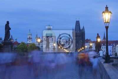Постер Прага Карлова моста, башни старого городаПрага<br>Постер на холсте или бумаге. Любого нужного вам размера. В раме или без. Подвес в комплекте. Трехслойная надежная упаковка. Доставим в любую точку России. Вам осталось только повесить картину на стену!<br>