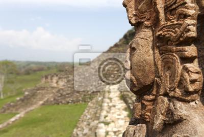 Постер Города и карты Майя руины в джунглях, портрет Бога, Tonina в Мексике, 30x20 см, на бумагеМехико<br>Постер на холсте или бумаге. Любого нужного вам размера. В раме или без. Подвес в комплекте. Трехслойная надежная упаковка. Доставим в любую точку России. Вам осталось только повесить картину на стену!<br>