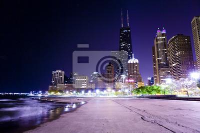 Постер Чикаго Чикаго Лейк-Шор-ДрайвЧикаго<br>Постер на холсте или бумаге. Любого нужного вам размера. В раме или без. Подвес в комплекте. Трехслойная надежная упаковка. Доставим в любую точку России. Вам осталось только повесить картину на стену!<br>
