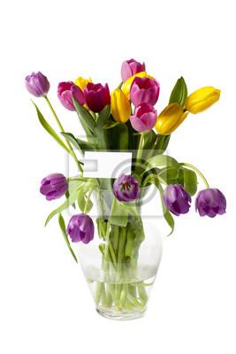 Постер Тюльпаны Красочные тюльпаны в вазе с картыТюльпаны<br>Постер на холсте или бумаге. Любого нужного вам размера. В раме или без. Подвес в комплекте. Трехслойная надежная упаковка. Доставим в любую точку России. Вам осталось только повесить картину на стену!<br>